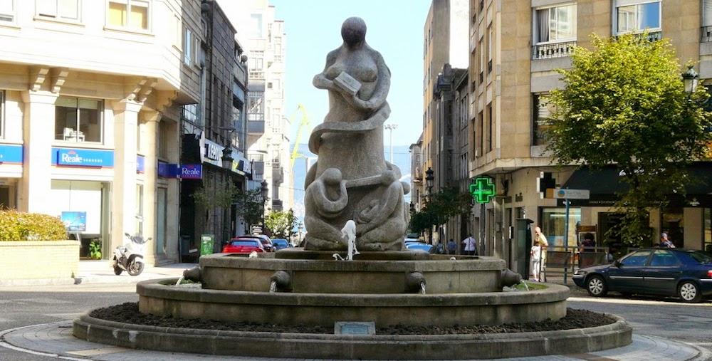 monumento-rosalia-vigo