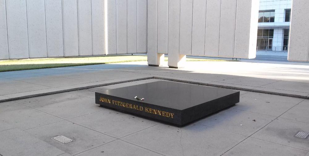monumento-kennedy
